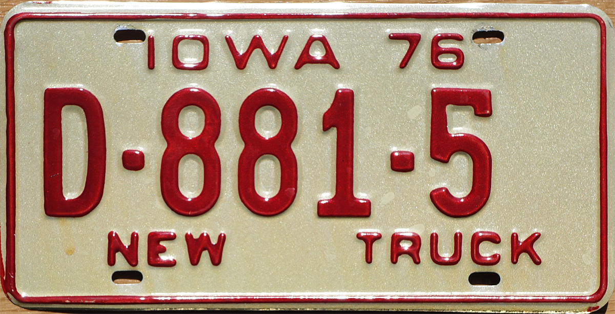 IA 1976 New Truck