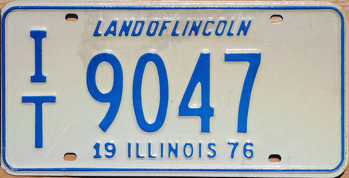 how to get a dealers license in illinois